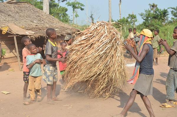 BaYaka peole dancing